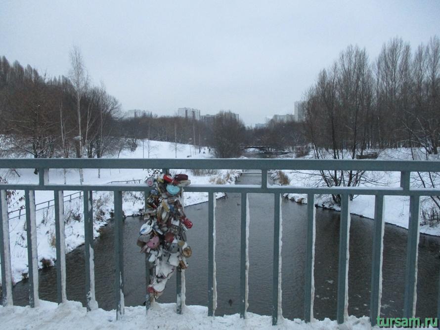 Сквер по Олонецкому проезду в Москве-6
